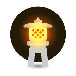 明かりのついた石灯籠